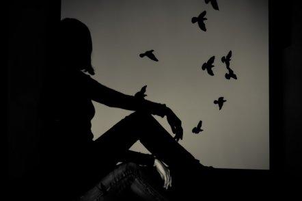 在爱情中,你是否总是忘了自己是谁?