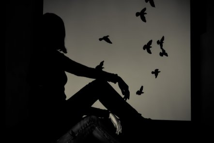 在爱中,你是否总是忘记自己是谁?